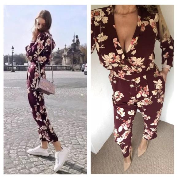 6524bd45cba0 Zara floral print jumpsuit